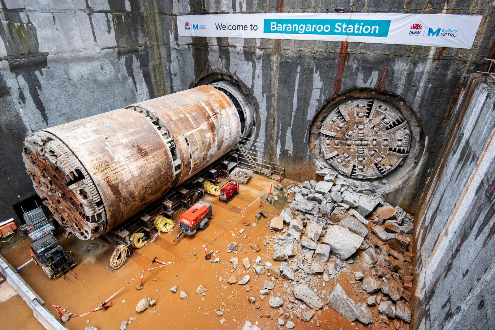 jhcpbg_tse_works_hardrock_tbm_breakthrough_barangaroo_station_site